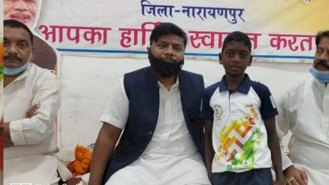 नारायणपुर भाजपा प्रदेश प्रवक्ता केदार कश्यप कार्यकर्ताओं में जोश देख फूले नहीं समाए क्योंकि नारायणपुर के कार्यकर्ताओं ने जबरदस्त स्वागत किया