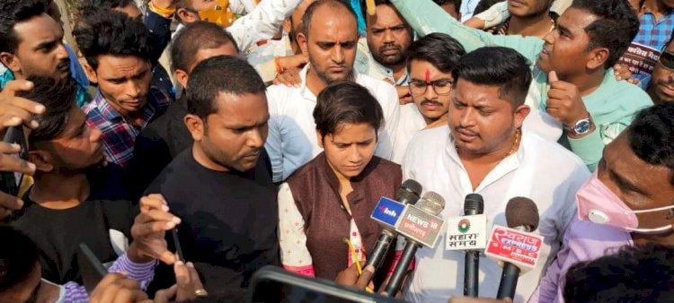 किसानों के हक़ की लड़ाई में युवा कांग्रेस ने घेराव किया भाजपा सांसद निवास/जिलाध्यक्ष निवास/जिला कार्यालय बालोद